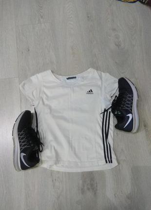 Коротка футболка adidas1