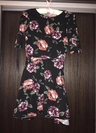 Плаття в квіти з зав'язками на рукавах1