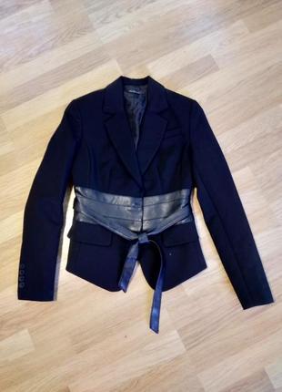 Красивый пиджак от киры пластининой1