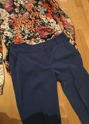 Стильные брюки со стрелками и подворотом в низу2