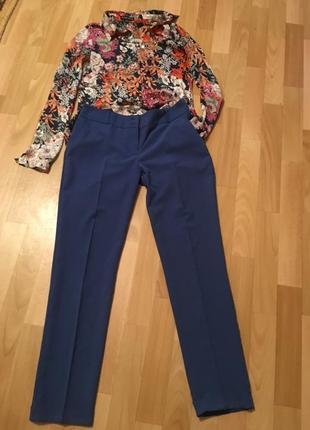 Стильные брюки со стрелками и подворотом в низу5