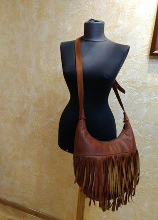 Обемная кожаная сумка на плечо этно3