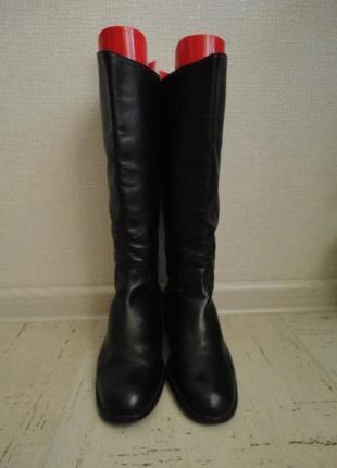 Женские сапоги, размер 38, стелька-25 см  кожа1
