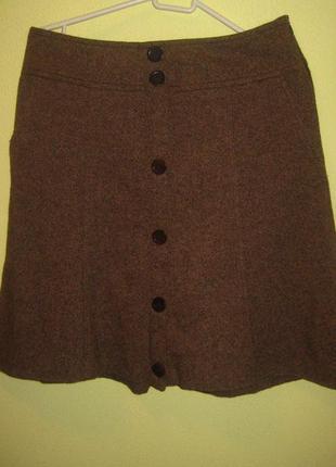 Актуальная брендовая  юбка с пуговицами спереди размер с-м1