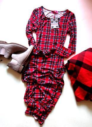 Трендовое платье миди boohoo1
