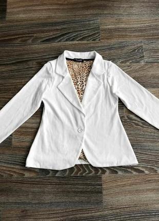 Белый приталенный классический пиджак жакет блейзер от impossible1