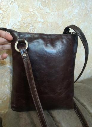 Отличная кожаная сумка на плечо the monte2