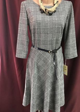Стильное платье в клетку с карманами размер с, м1