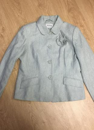 Пиджак жакет с брошью и золотой нитью размер 162