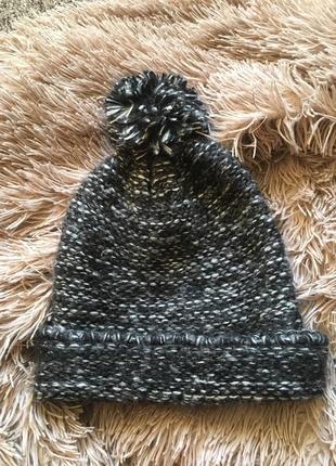 Мягкая классная шапка