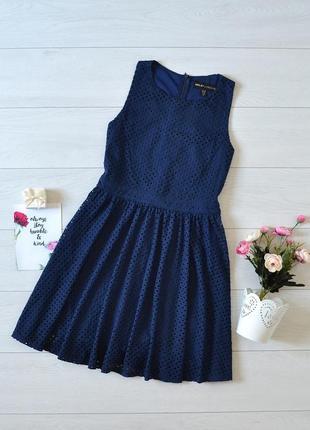 Красиве кружевне плаття mela.1