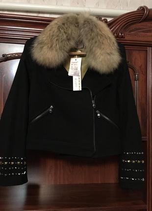 Шикарная куртка италия