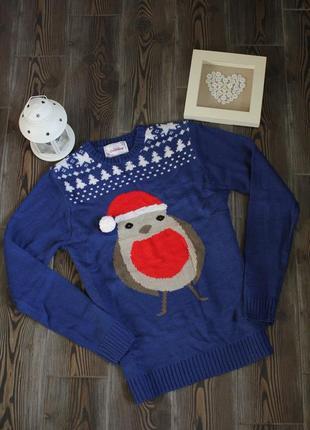 Новогодний свитер с рождественским принтом