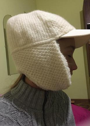 Тёплая кепка на зиму
