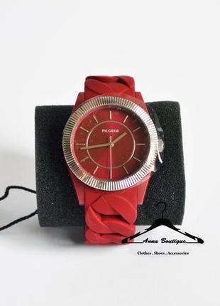 Потрясающие посеребрённые часы pilgrim