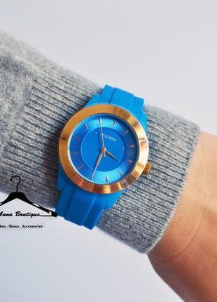 Великолепные позолоченные часы pilgrim1