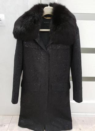 Пальто дорого бренда barbara bui
