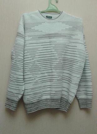 Теплый свитер для мужчин