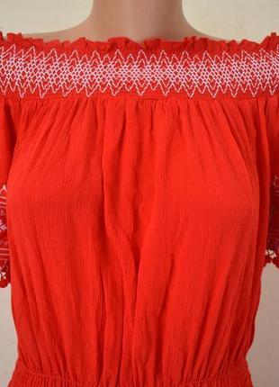 Новое красивое платье с вышивкой2