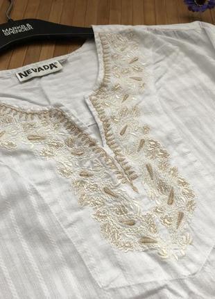 Красивая коттоновая рубашка с вышивкой2