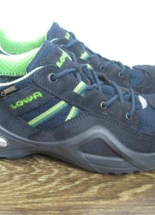 Демисезонные ботинки lowa gore tex р.38