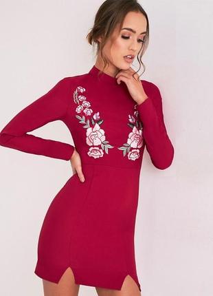Новое платье с вышивкой-патчами pretty little thing2
