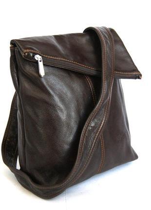 Добротная кожаная сумка на плечо dericci