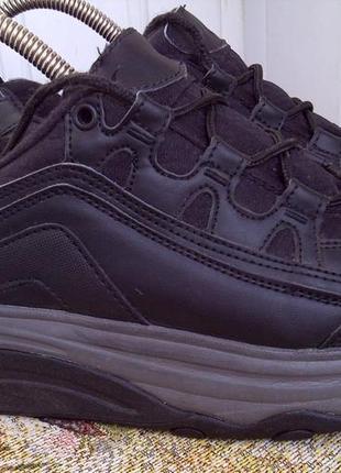 Кроссовки с ортопедической подошвой 38 р 24,5-25 см
