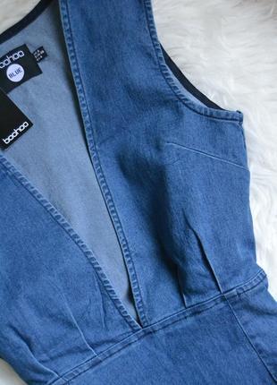 Новое джинсовое платье с декольте boohoo3