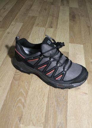Шикарні кросівки salomon з gore-tex та ortholite