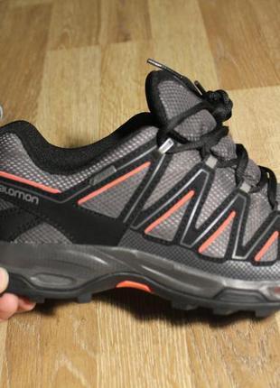 Шикарні кросівки salomon з gore-tex та ortholite2