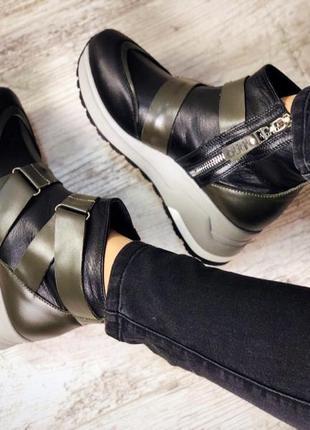 Кожаные демисезонные ботинки с ремешками. 36-403
