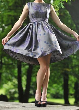 Неймовірно красиве плаття з натурального шовку