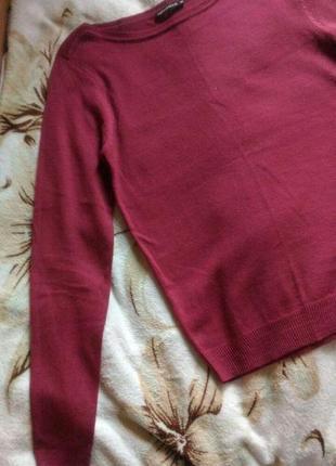 Легкий свитер от terranova