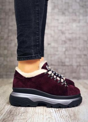 Замшевые зимние кроссовки на меху в стиле guess. 36-403