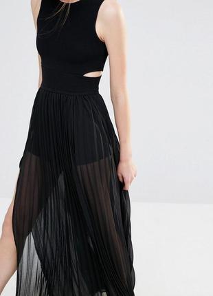 Плиссированное платье макси с вырезом endless rose2