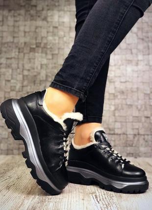 Кожаные зимние кроссовки на меху в стиле guess. 36-403