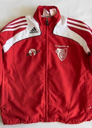 Спортивная курточка adidas