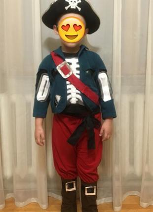 Костюм пирата на праздник на мальчика 3-6 лет , детский костюм на новый год