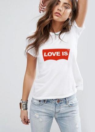 """Модная женская футболка """"love is"""" 100% коттон1 фото"""