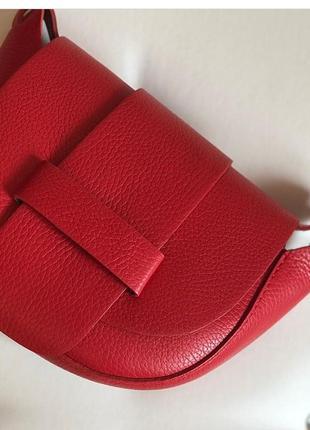 Отличная кожаная итальянская сумочка