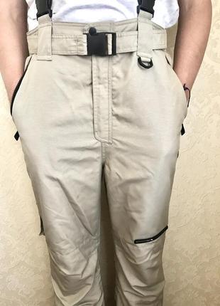 Лыжные зимние тёплые штаны для активного отдыха непромокаемые термо комбинезон