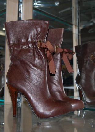 Ботинки из натуральной кожи 40р.