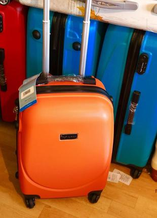 Снова в наличии маленький чемодан ручная кладь gravitt за 750 грн валіза сумка на колесах
