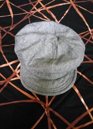 Серая кепка тёплая шапка
