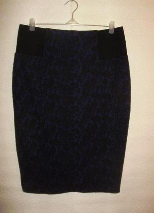 Темно-синяя теплая стрейчевая юбка-карандаш в цветах/батал/16/50 размера