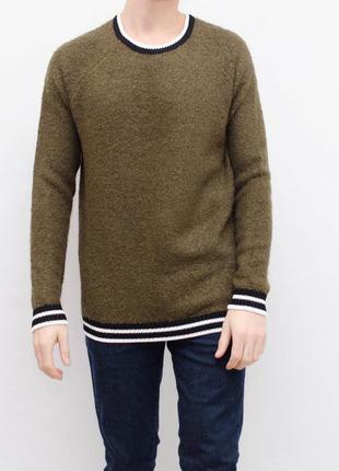 Очень стильный приятный теплый свитер
