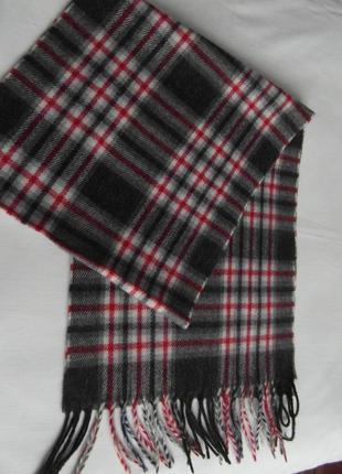 Мужской шарф  серый в бордовую клетку