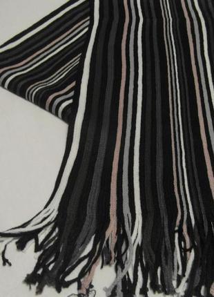 Шарф в полоску черно-разноцветный