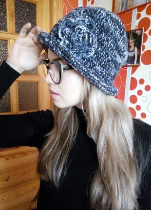 Милая дамская шляпка hand made